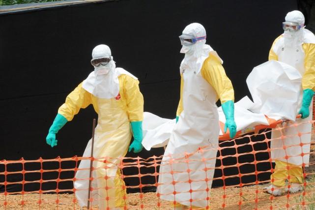 L'épidémie d'Ebola suscite la panique, voire l'hostilitéenvers les... (PHOTO ARCHIVES AFP/SEYLLOU)