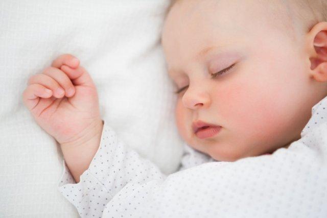 Les bébés passent jusqu'à 60% de leur temps... (Photo Digital/Thinkstock)