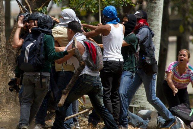 Le Venezuela est le théâtre depuis le 4... (Photo Fernando Llano, AP)