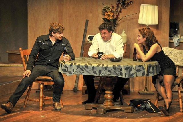 Bien que Raphaël à Ti-Jean aborde des thématiques... (Photo: Bruno Roy, fournie par le Théâtre les gens d'en bas)