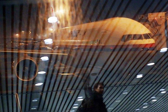 Le volMH370 a disparu des radars avec 239... (PHOTO REUTERS)