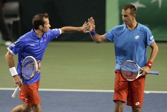 Radek Stepanek et Lukas Rosol... (PHOTO TOSHIFUMI KITAMURA, AFP)