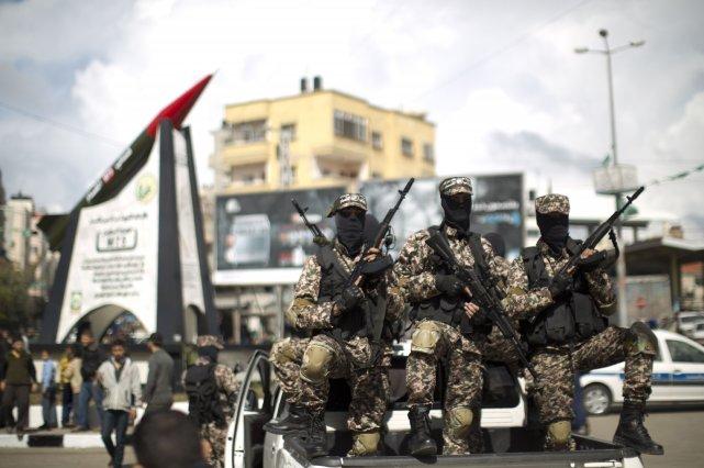 Des membres desBrigades Ezzedine al-Qassam, aile militaire du... (PHOTO MAHMUD HAMS, ARCHIVES AFP)