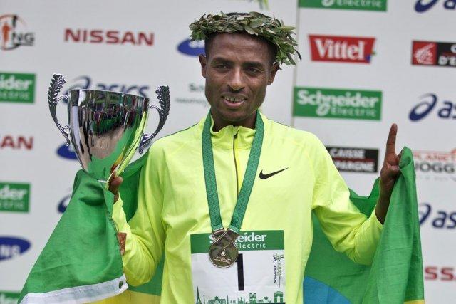 Triple champion olympique, quintuple champion du monde sur... (PHOTO MICHEL EULER, AP)