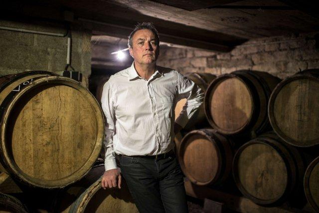 Opposé au «traitement systématique» des vignes, Emmanuel Giboulota... (PHOTO JEFF PACHOUD, AFP)