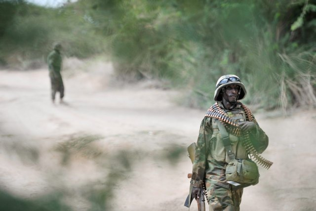 Un soldat ougandais de la force de maintien... (PHOTO TOBIN JONES, ARCHIVES AFP)