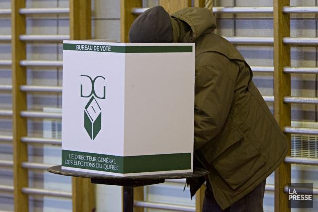 Quoi dire pour avoir l'air politico-branché lors de la soirée électorale? Voici... (Photo: François Roy, La Presse)