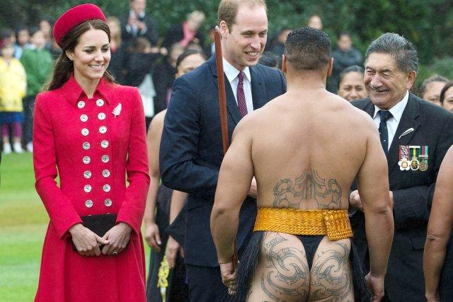 Le prince George, arrivé lundi en Nouvelle-Zélande avec... (PHOTO MARTY MELVILLE, AFP)