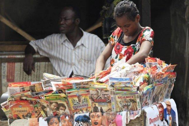 Un kiosque de DVD à Lagos.... (Photo: AP)