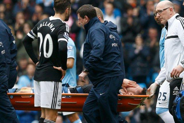 L'attaquant de Southampton Jay Rodriguez a été victime... (Photo Darren Staples, Reuters)