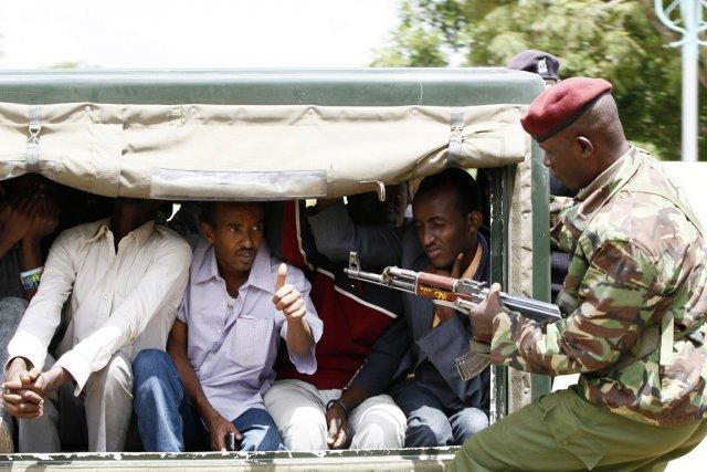 L'essentiel des personnes arrêtées l'ont été vendredi au... (PHOTO THOMAS MUKOYA, REUTERS)
