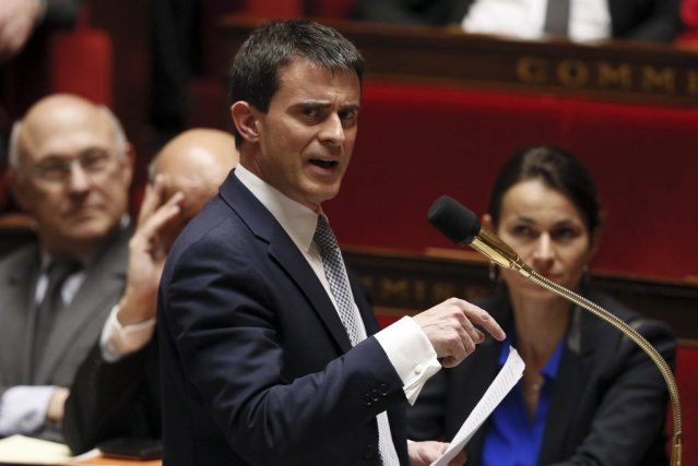 «Soyons fiers d'être Français!» s'est exclamé le nouveau... (Photo PATRICK KOVARIK, AFP)