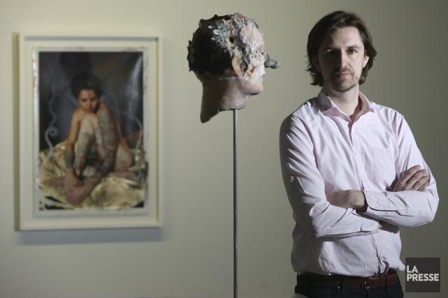 Dominique Toutant à la galerie Division, devant des... (Photo: Martin Chamberland, La Presse)