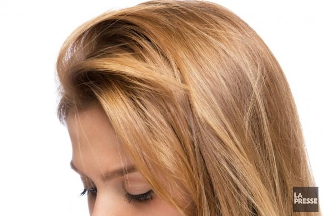 Le moyen pour la restitution narochtchennykh le cheveu