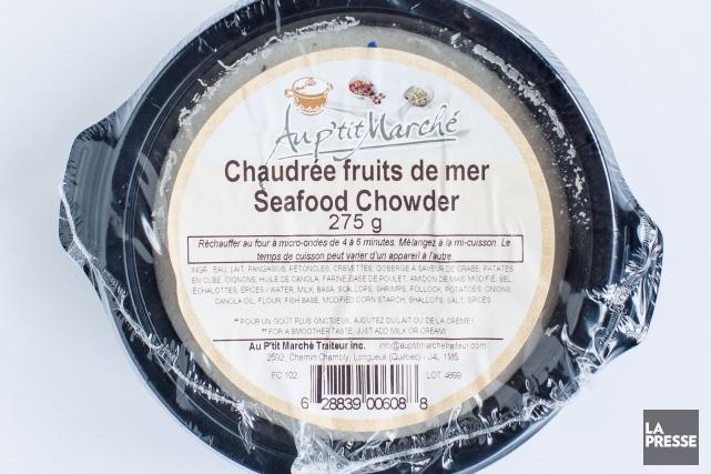La chaudrée de fruits de mer d'Au p'tit... (PHOTO EDOUARD PLANTE-FRÉCHETTE, LA PRESSE)