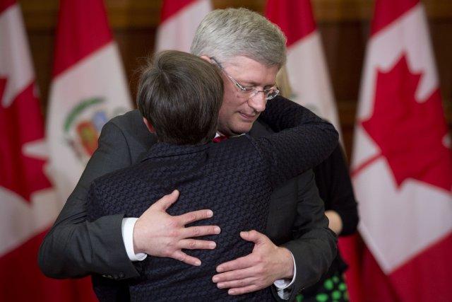 Stephen Harper a qualifié M. Flaherty de«collègue», «partenaire»... (Photo Adrian Wyld, PC)