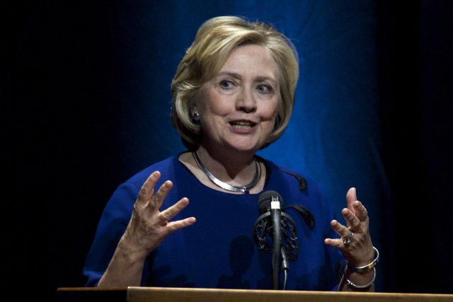 L'ancienne secrétaire d'État des États-Unis, Hillary Clinton... (Photo STEVE DIPAOLA, Reuters)
