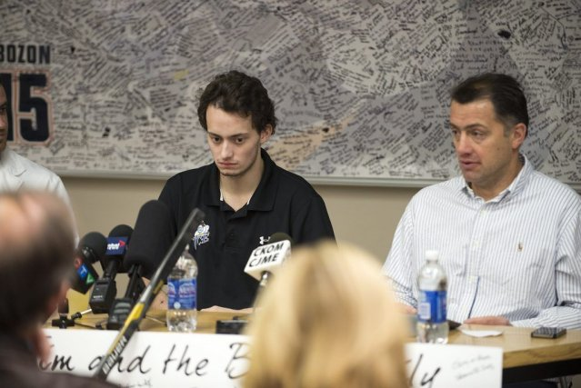 Tim Bozon, espoir du Canadien, est rentré en... (PHOTO LA PRESSE CANADIENNE)