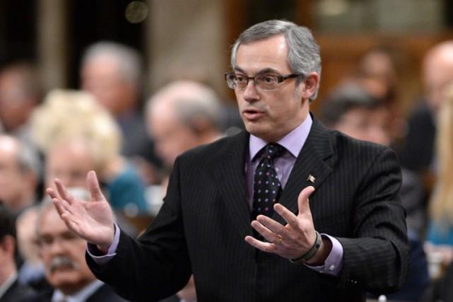 Le président du Conseil du Trésor, Tony Clement.... (Photo Archives La Presse Canadienne)