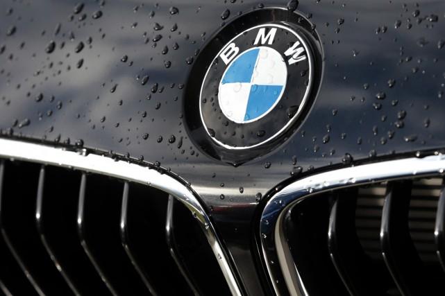 Le constructeur automobile allemand BMW a nié dimanche toute entente avec ses... (PHOTO ARCHIVES AP)