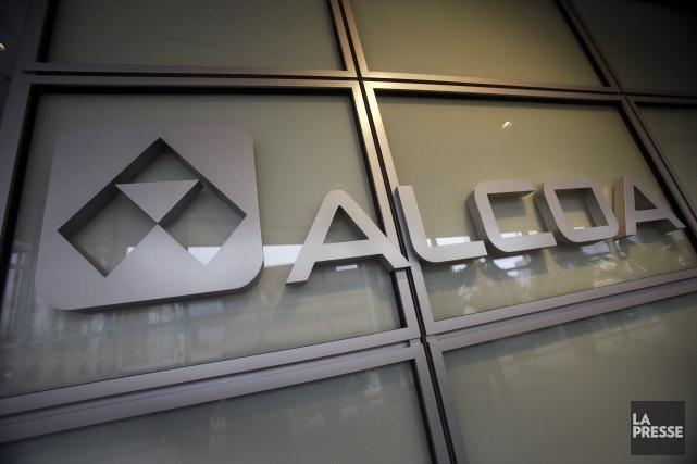 En février dernier, Alcoa avait menacé de fermer... (Photo Gene J. Puskar, AP)