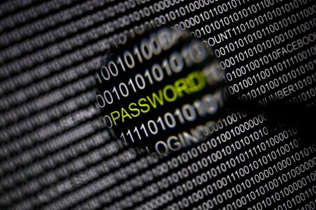Changer tous ses mots de passe sans discernement... (PHOTO PAWEL KOPCZYNSKI, REUTERS)