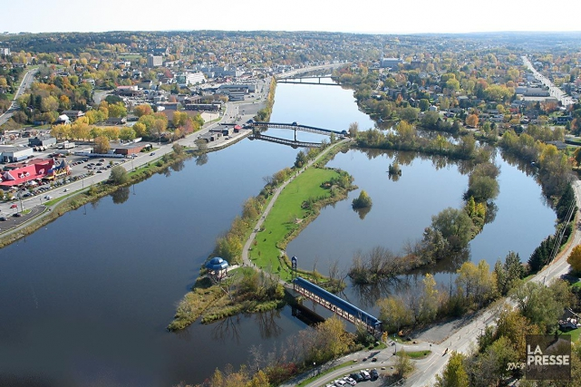 Vue panoramique de la rivière Chaudière, à la... (Photo Archives La Presse)