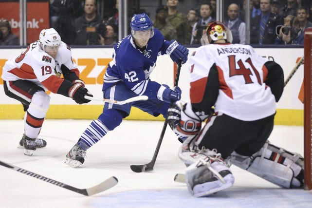 Le match annulé mercredi entre les Maple Leafs... (Archives)