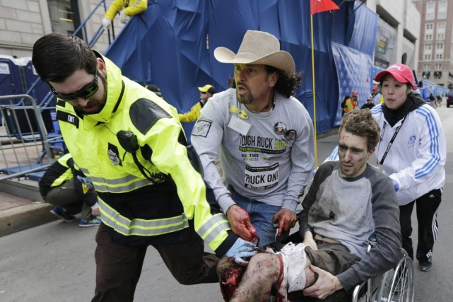 Les attentats de Boston ont fait 3 morts... (PHOTO CHARLES KRUPA, ARCHIVES AP)