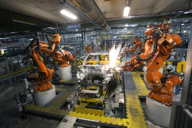Tout baigne dans l'huile pour l'industrie automobile du... (Photo Simon Dawson, Archives Bloomberg)