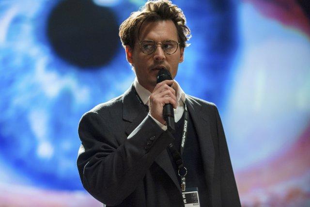 Johnny Depp dans Transcendence.... (Photo: fournie par Warner Bros.)