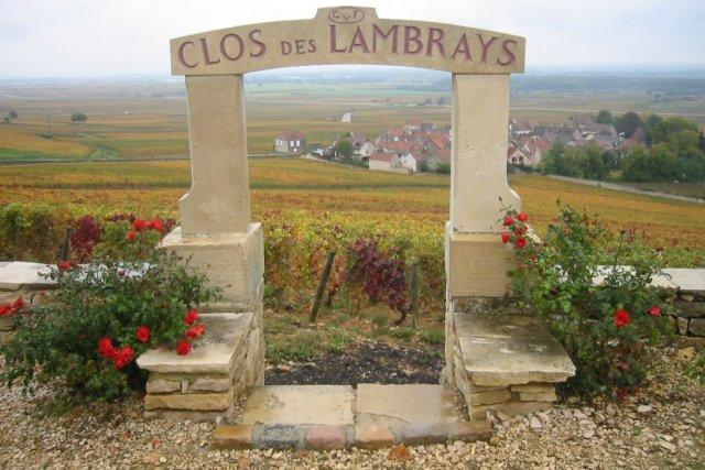 Le domaine produit également des Morey Saint Denis... (Photo tirée de Wikipedia)