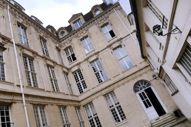 L'immeuble abritant le Grenier des Grands-Augustins où Picasso... (PHOTO ARCHIVES AFP)