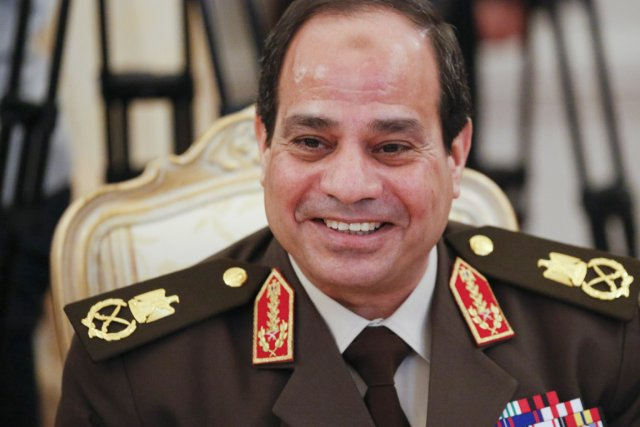 Abdel Fattah al-Sissi est le premier candidat à... (PHOTO ALEXANDER ZEMLIANICHENKO, ARCHIVES AP)