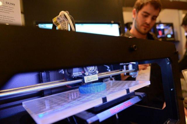 L'imprimante 3D est l'outil tendance du moment. Quelque... (PHOTO EMMANUEL DUNAND, ARCHIVES AFP)