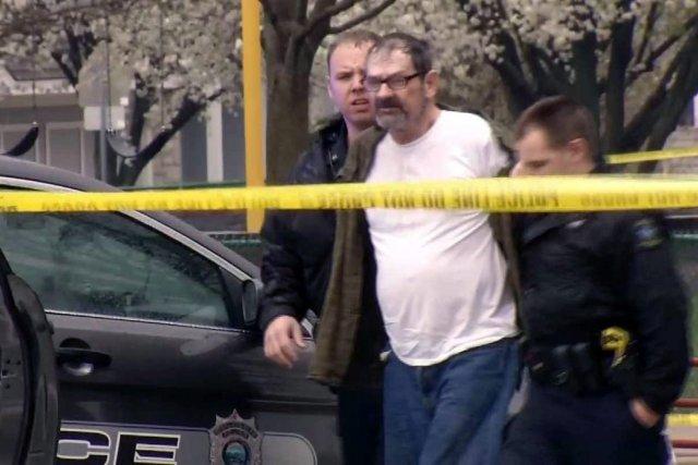 Frazier Glenn Cross,arrêté dimanche peu après les faits... (Photo AP)