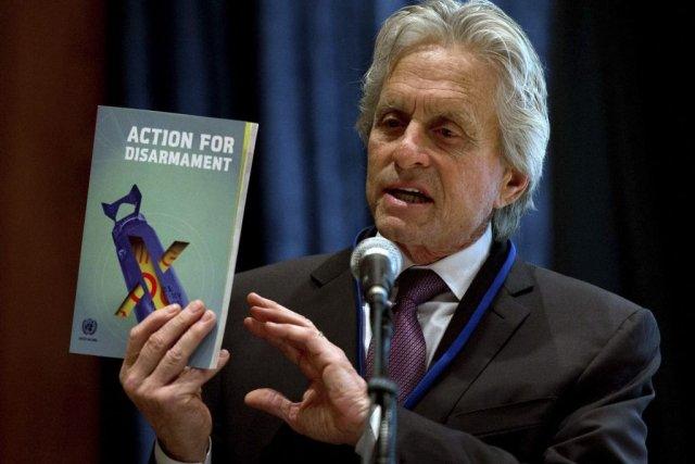 Michael Douglas a présenté le livre Action for... (Photo: Reuters)