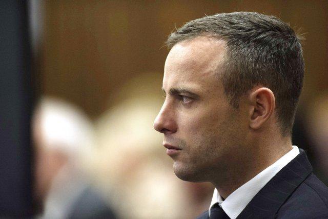 Oscar Pistorius, au 24e jour de son procès... (PHOTO GIANLUIGI GUERCIA, REUTERS)