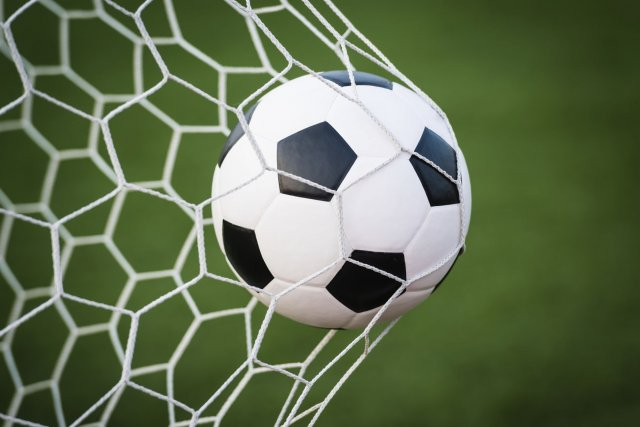Les mordus de soccer pourront trinquer cet été avec les vins officiels de la... (Photo Digital/Thinkstock)