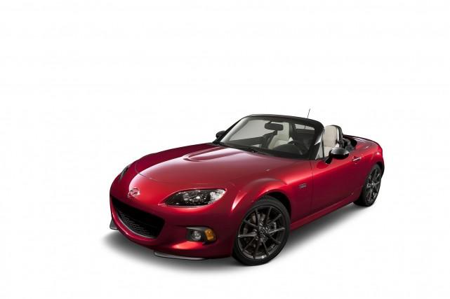 L'édition limitée de la Mazda MX-5 soulignant son... (Photo fournie par Mazda)