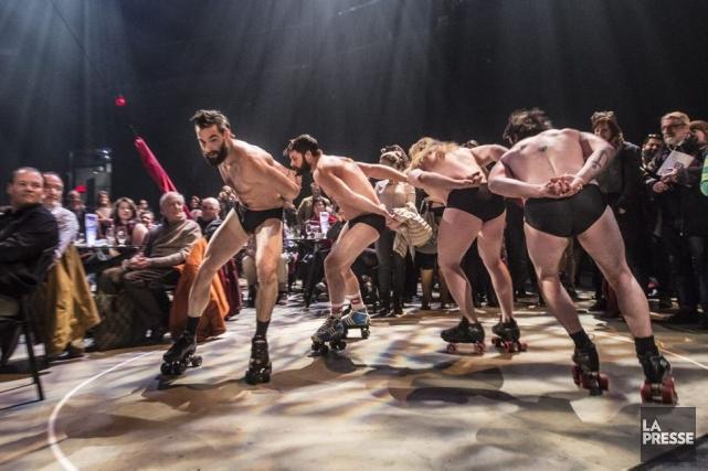 Les barbus du cirque Alfonse ont fait la... (Photo: Olivier Pontbriand, La Presse)