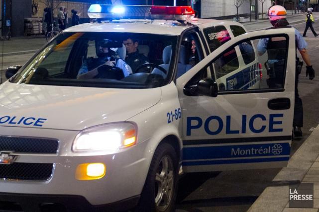 Un homme soupçonné d'être à l'origine d'une agression est recherché par le... (Photo archives La Presse)