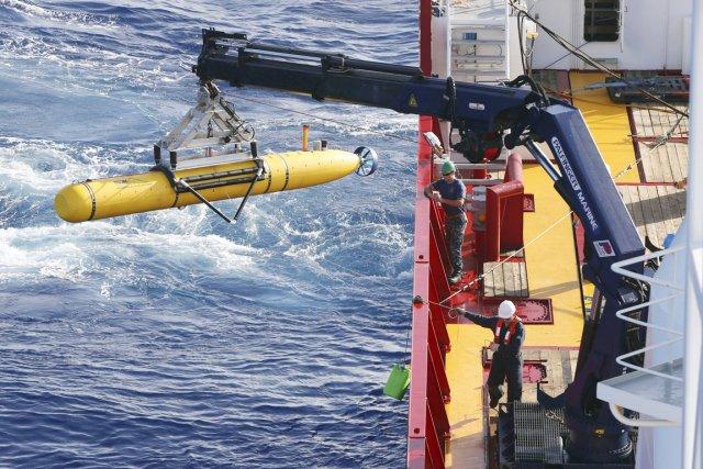 Le Bluefin-21 ne peut pas descendre à plus... (PHOTO REUTERS/FORCE DE DÉFENSE AUSTRALIENNE)