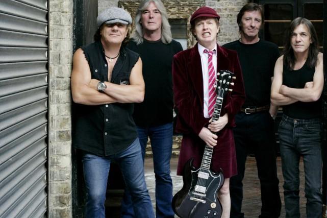 Le groupe AC/DC. Malcolm Young est à droite... (Photo: Sony/BMG)