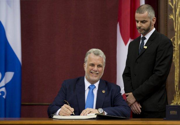 Le premier ministre élu, Philippe Couillard, a souligné... (PHOTO JACQUES BOISSINOT, LA PRESSE CANADIENNE)