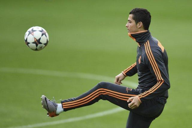 Cristiano Ronaldo... (PHOTO PATRIK STOLLARZ, AFP)