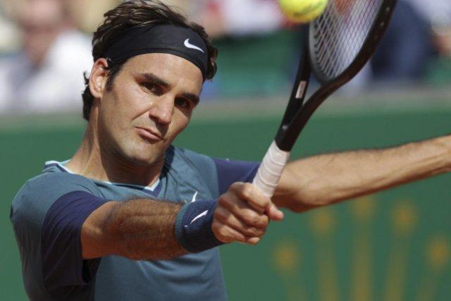 Roger Federer a vaincu le champion en titre,... (PHOTO JEAN-CHRISTOPHE MAGNENET, AFP)