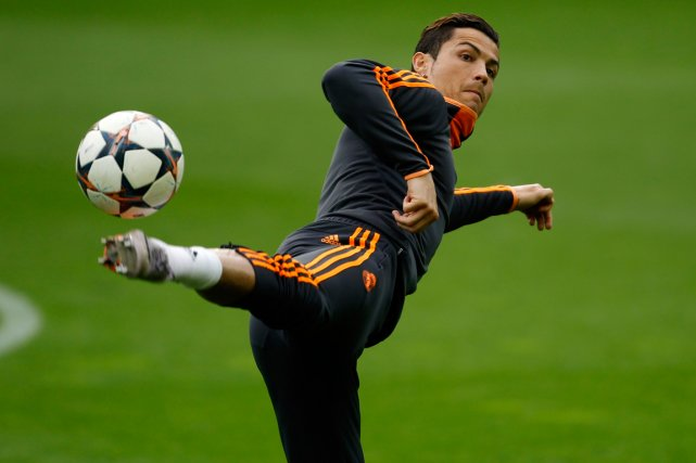 Cristiano Ronaldo... (Photo Ina Fassbender, Reuters)