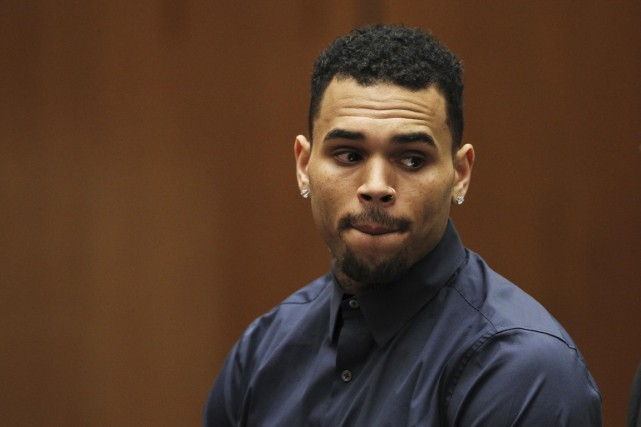 Le sulfureux chanteur de hip-hop Chris Brown a été condamné vendredi à un an de... (PHOTO ARCHIVES REUTERS)