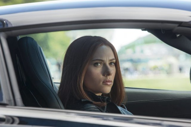 Scarlett Johansson dans une scène de Captain America: The... (PHOTO MARVEL/DISNEY)